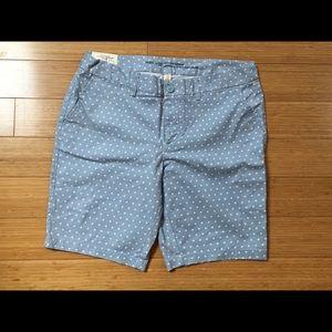 Gap womans new bermuda shorts, polka dot, size 12.